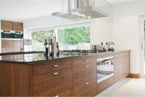 Cocina de madera en 2021. Novedades y características de las cocinas de madera.